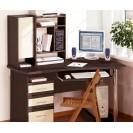 Что лучше парта или письменный стол