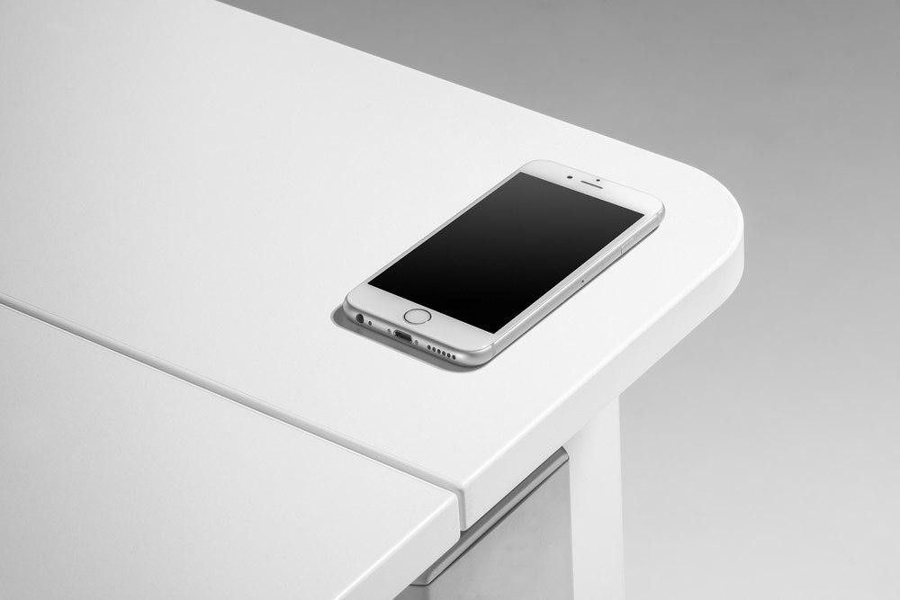 Зарядное устройство QI к столу Champion Compact Express