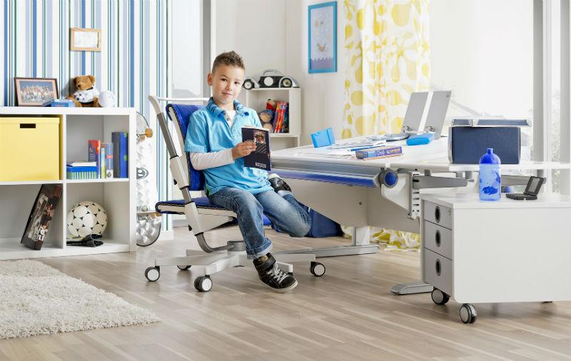 Мебель-трансформер Молл совершенна в каждой детали стола, стула