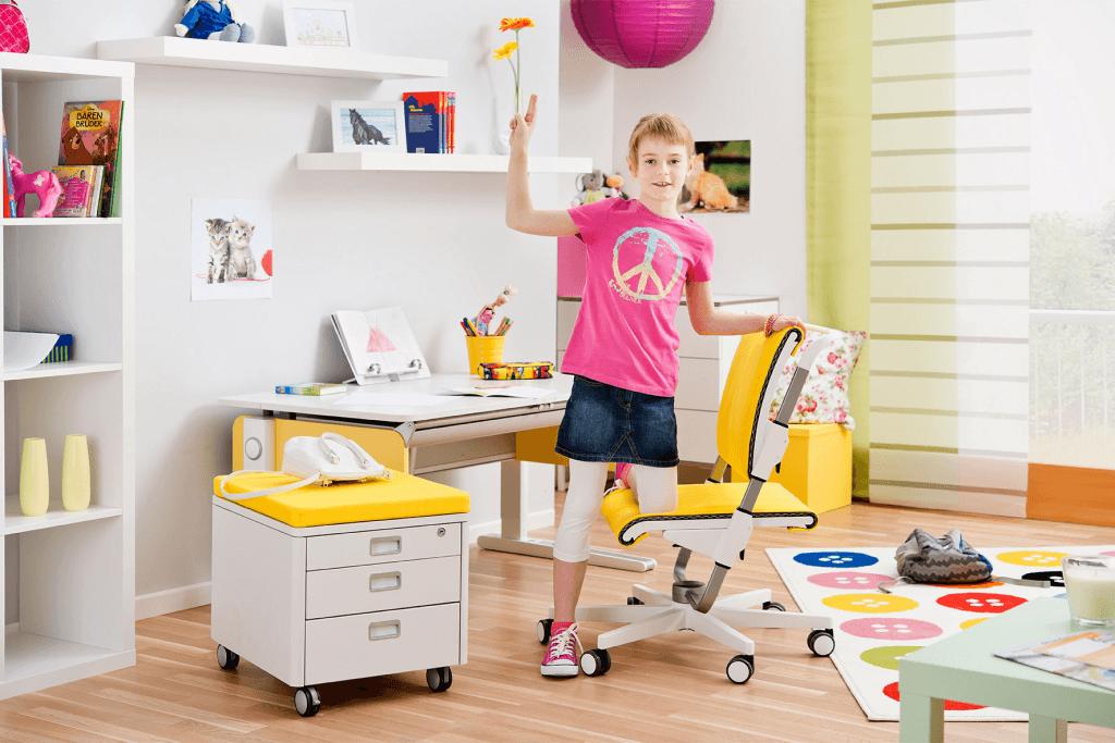 Регулируемая детская мебель от немецкого производителя Молл