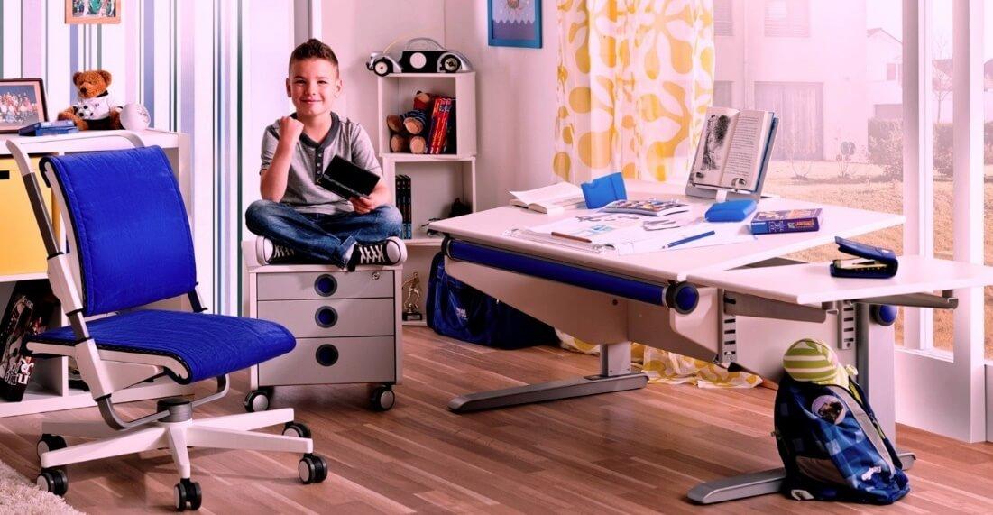 Можно ли ставить письменный стол возле окна