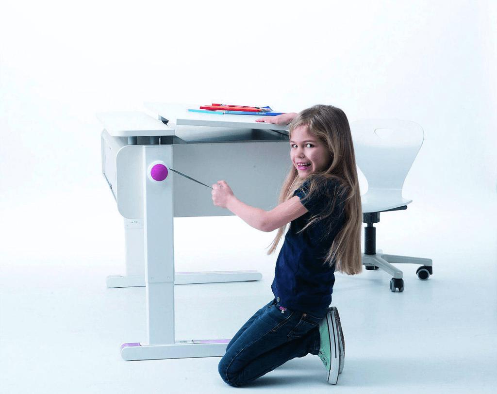 Регулируемый письменный стол-трансформер